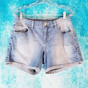 Jag Jeans Relaxed Fit Light Wash Denim Shorts